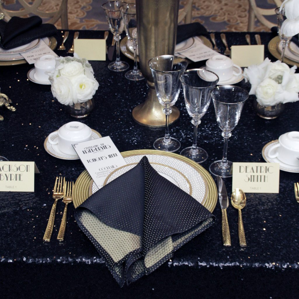 thanksgiving-tip-Formal-Place-Setting-andrew-roby-events