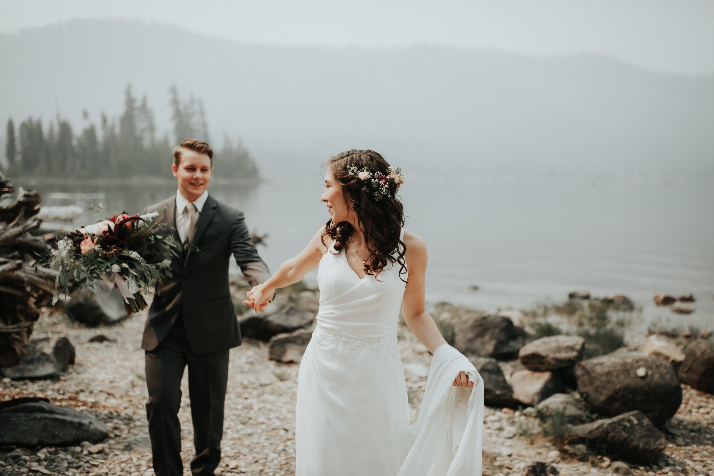 How Social Media Can Ruin Your Wedding Planning