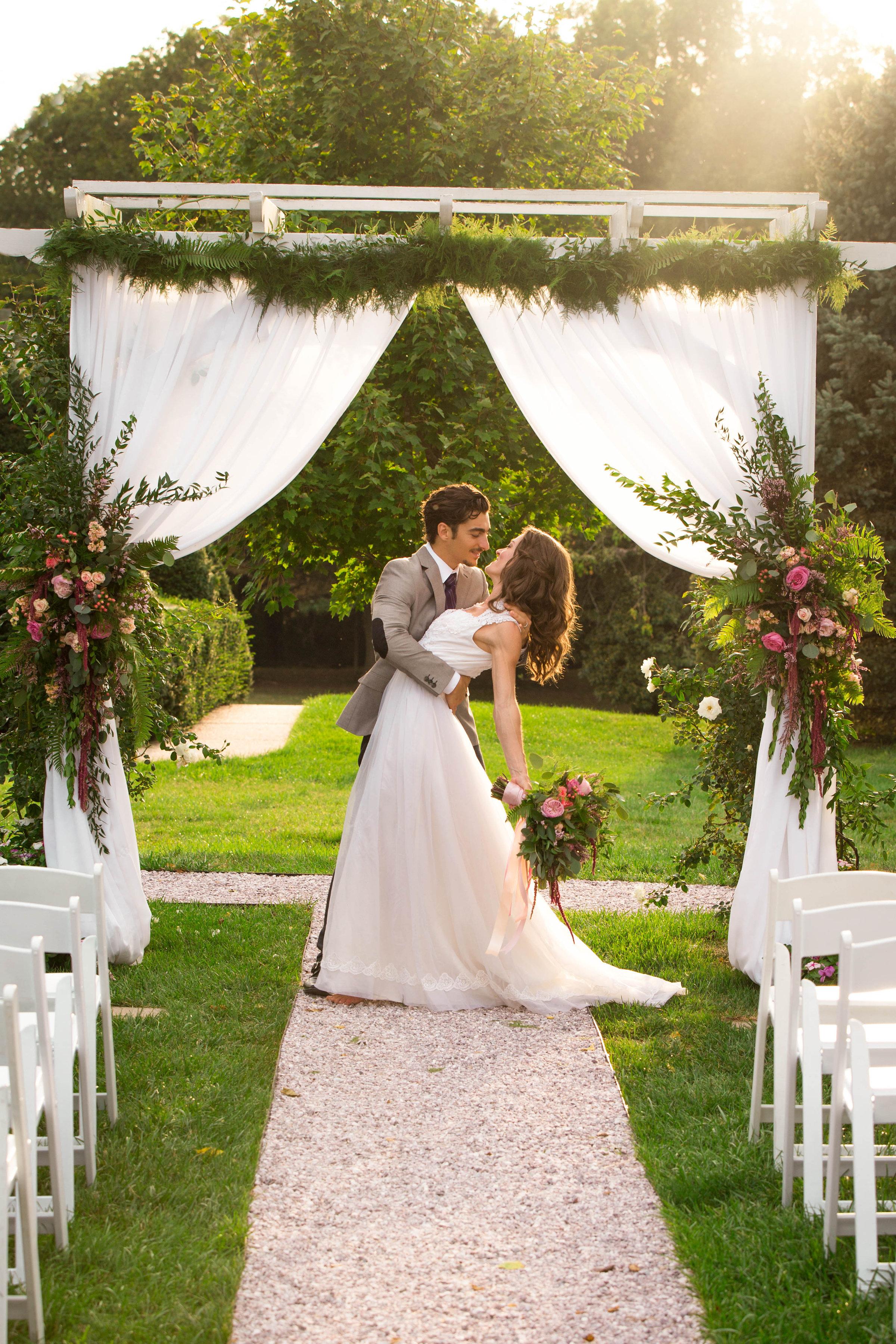 5 Tips For Your Garden Wedding