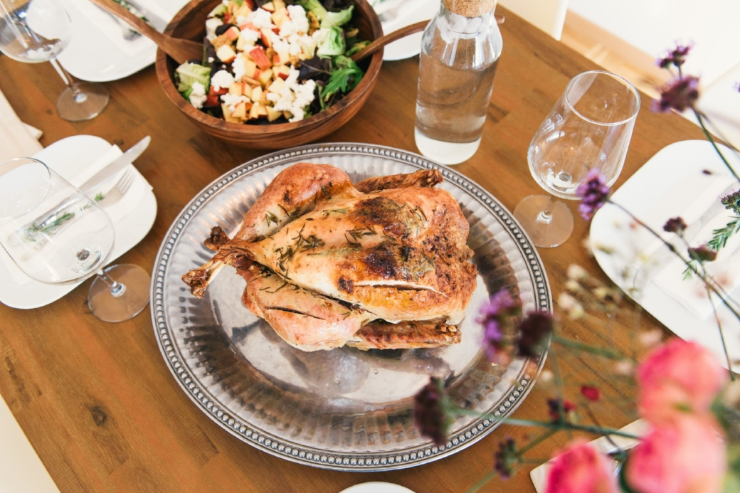 Perfect-Friendsgiving-Andrew-Roby-Events