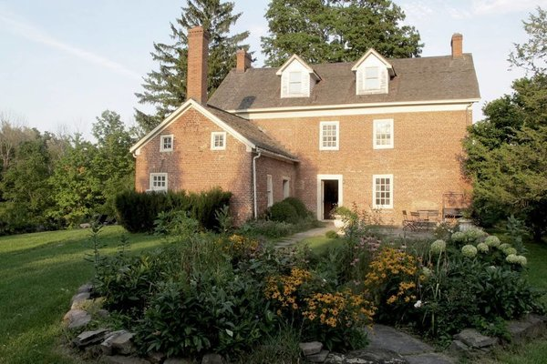 Upstate-New-York-Manor-House-andrew-roby-events