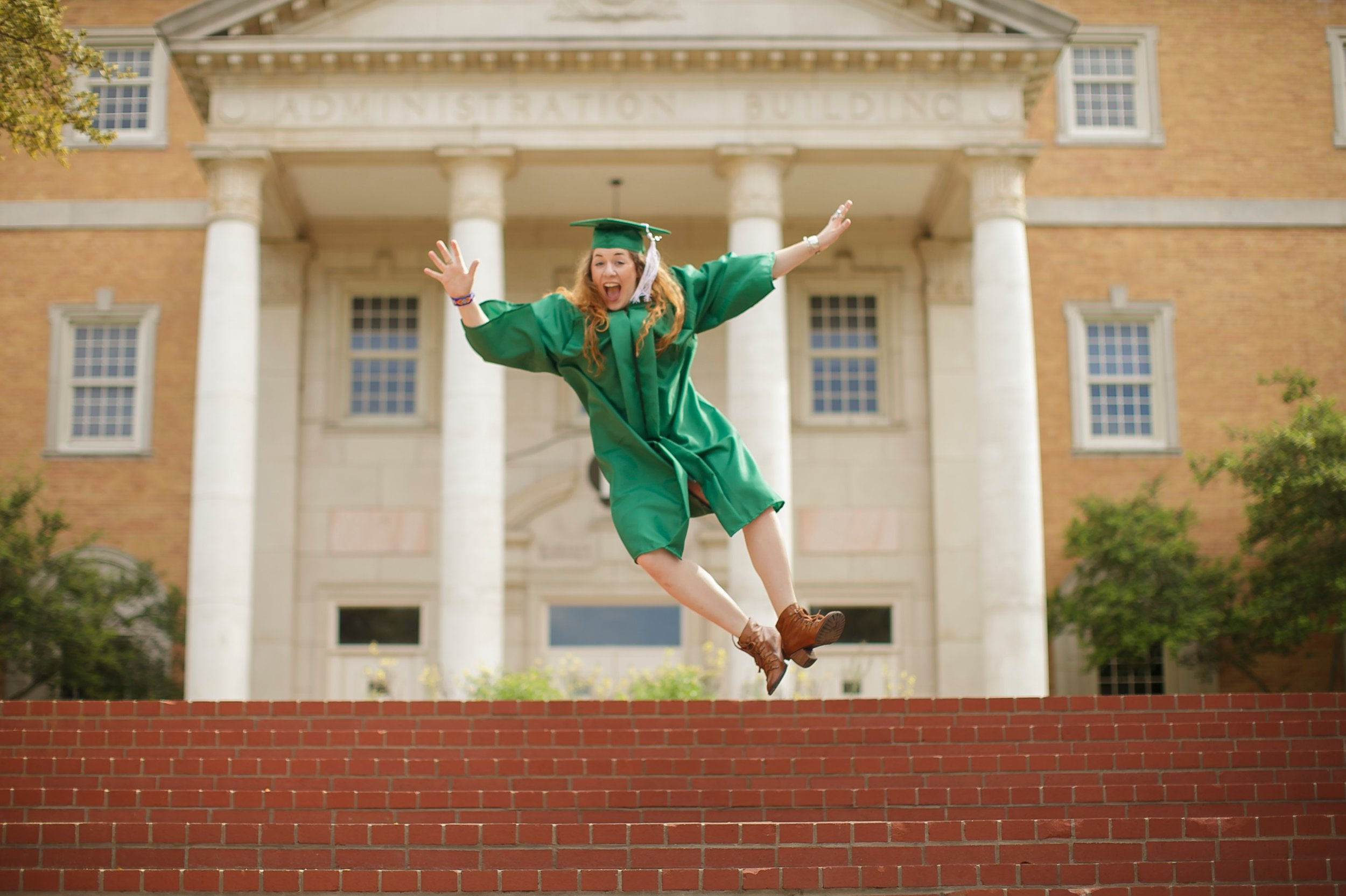 Graduation-Party-Tips-andrew-roby-events