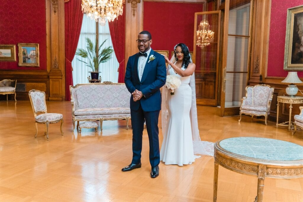 dc-intimate-wedding-first-look-andrew-roby-events