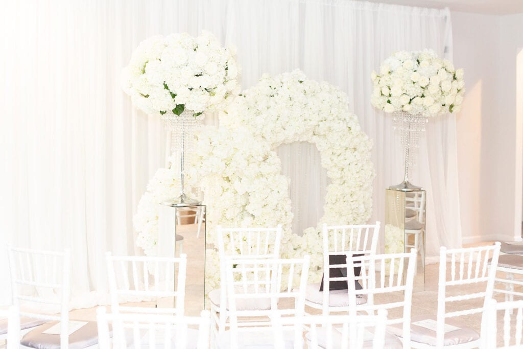 micro-wedding-home-decor-andrew-roby-events