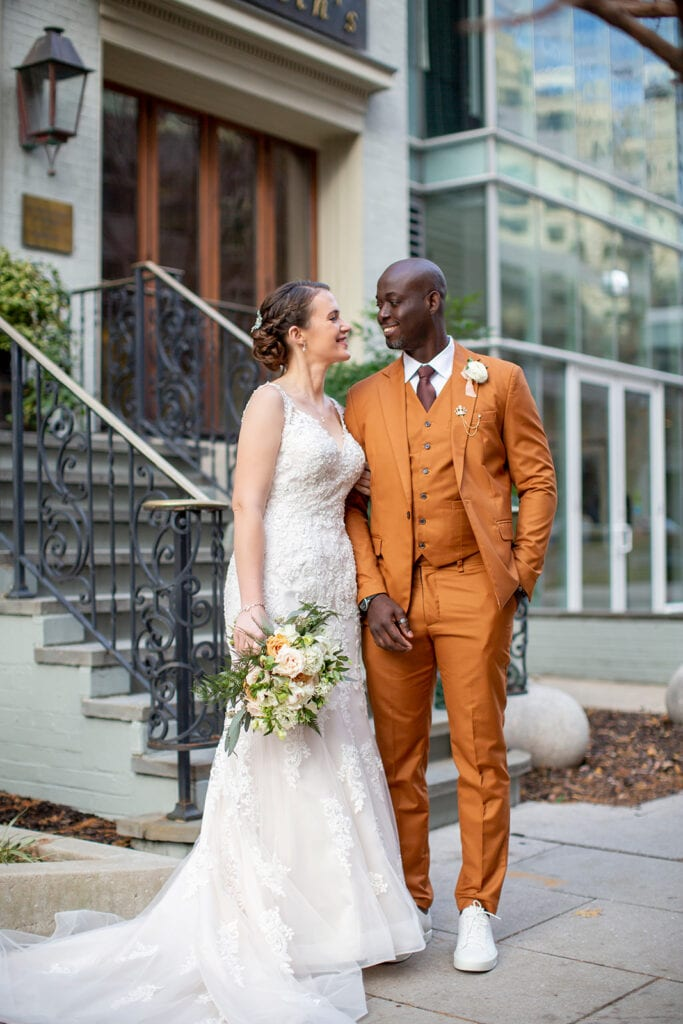 dc-micro-wedding-elizebths-on-l-st-andrew-roby-events